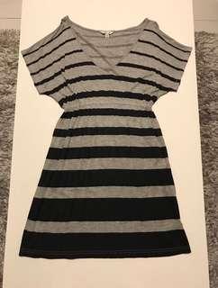 Pre-Loved. FOREVER21 Black & Gray Striped Dress