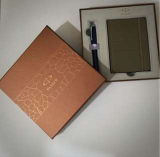 Parker Pen Gift Set *Suitable as Father's Day Gift*