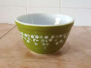 pyrex spring blossom mixing bowl 401