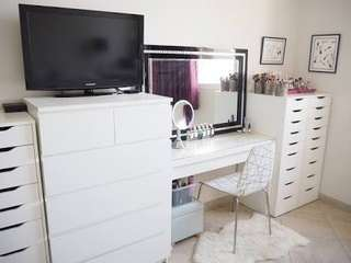 Vanity Table and Drawers