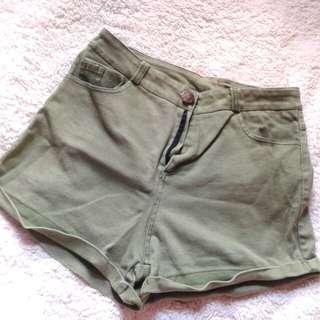 Olive green highwaist shorts