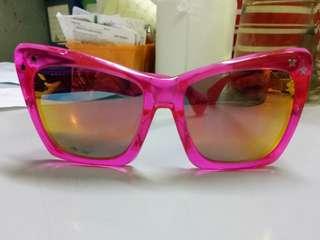 Summer eyeglass