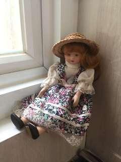 Boneka melamin