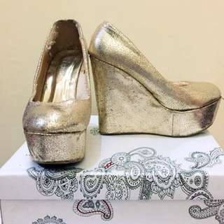 Peeptoe high wedges shoes (Gold)