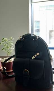 Black BellaDonna 2-way Backpack