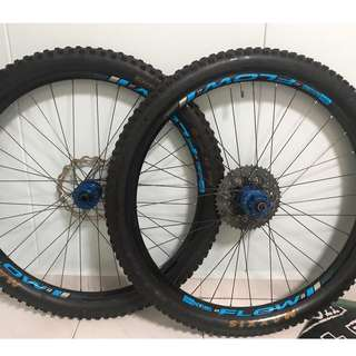 Hope Pro 2 Evo with Stans No Tube 27.5