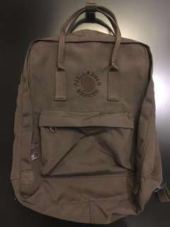 AUTHENTIC FJALLRAVEN RE-KANKEN BACKPACK