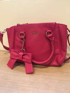 🚚 桃紅大容量側背手提包