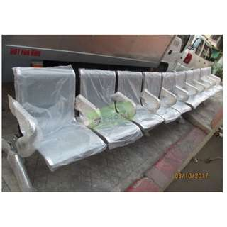 5 SEATER CHROME GANG CHAIR - INDIVIDUAL ARMREST