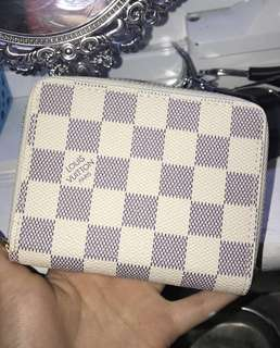 Louis Vuitton Mini wallet pouch