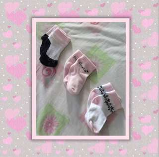 3 pairs Luvable Friends Baby Socks