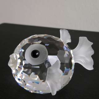 84 Swarovski Crystal - Small Blowfish