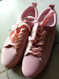 Cute pinky shoes