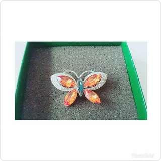 奧地利、義大利飾品🌸精緻蝴蝶別針🎀