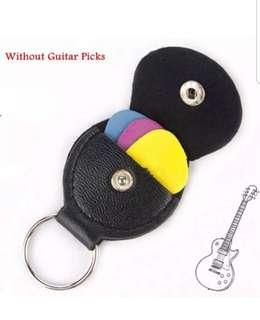 New Genuine Leather Keychain Guitar Pick Holder Plectrum Bag Black Case Keyring