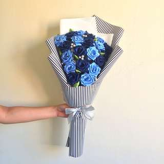 20 Handsewn Ribbon Rose Bouquet