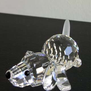 89 Swarovski Crystal - Beagle, Playing (Signed)