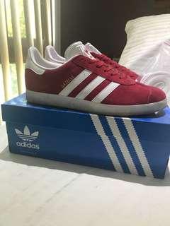 Adidas Red Gazelle Sz 10 women's