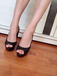 黑魚口高跟鞋