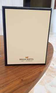 Braun buffel empty box