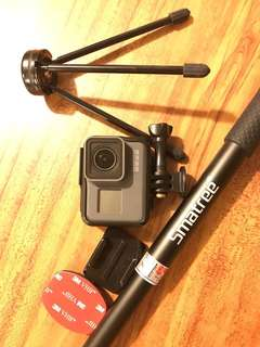 GoPro Hero5 with 64G SD Card and Stick