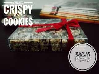 Oreo crispy rice cookies