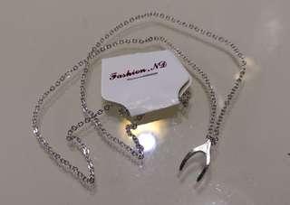 Wishingbone necklace