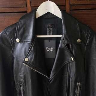 Leather jacket NWT size 6