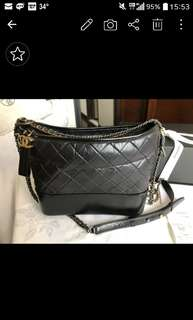 chanel gabrielle hobo m size 99new