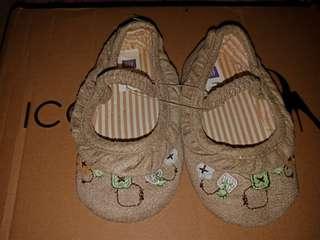 Sepatu GAP NEW