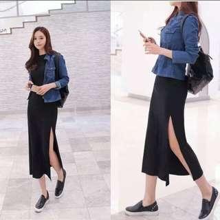 BN Side Slit Black Skirt