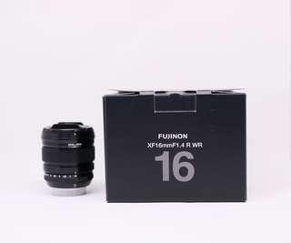 Lensa Fujifilm XF 16mm F1.4 WR