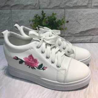 SNEAKERS KETS WEDGES FLOWER FASHION IMPORT RESTOCK SNEAKERS KETS WEDGES FLOWER FASHION IMPORT