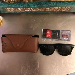 Authentic Ray Ban Wayfarer  Sunglases