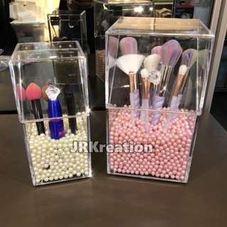 Acrylic Make Up Brushes Organizer (FREE PEARL)