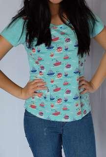 Baju biru lucu