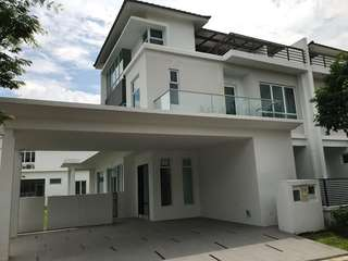 Isola villa for rent RM8000