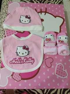 (特賣免運) hello kitty衣服組