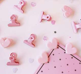 Pink Paper Clip Set Plastic Heart and Bulldog Metal