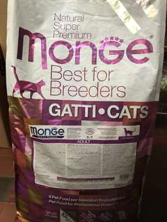 Monge Breeders Bag Adult ( chicken base )10kg