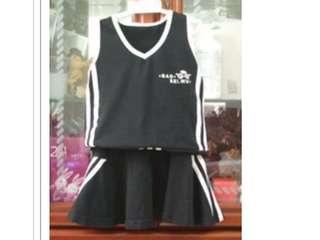 🚚 二手 童裝 啦啦隊 套裝 (背心 上衣+短裙)~6號  #五十元好物