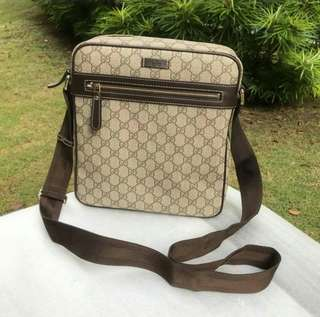 Gucci Sling Bag messenger