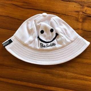 刺繡笑臉漁夫帽 遮陽帽