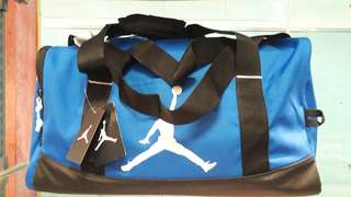 Nike jordan duffel gym sports bag small 40liters