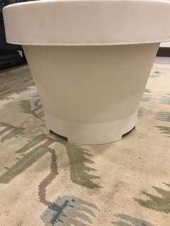 IKEA White Plastic Pot