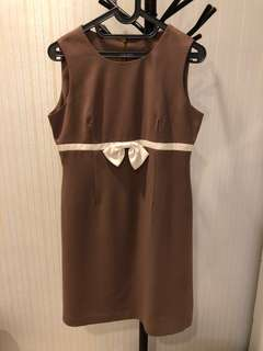 Brown bow dress
