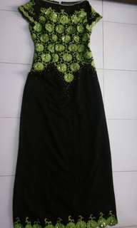 PARTY BLACK DRESS WITH PAYET *TRUSTED*