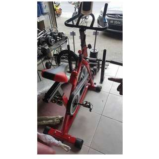 Gym Fitness Sport Equipment Spinning Bicycle Cycling Exercise Bike (Black/Red)