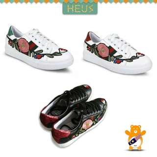 Flora Embroidery Sneakers