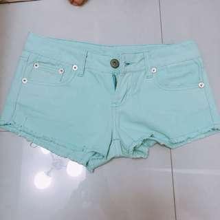 🚚 蒂芬妮綠牛仔短褲
